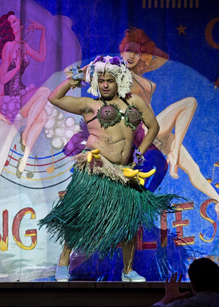 UK Students Present South Pacific